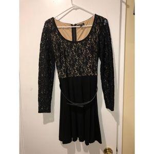Bebe black and tan half mesh dress with belt